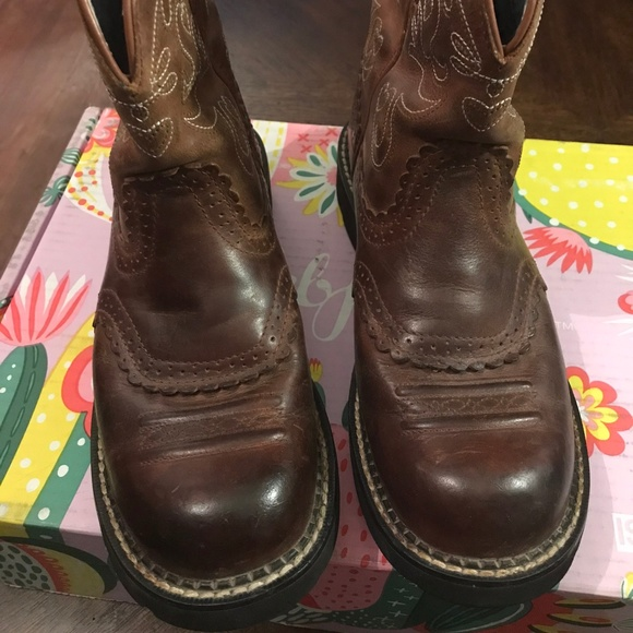 Ariat Shoes - Ariat Fatbaby Saddle Western Boot Size 7.5B